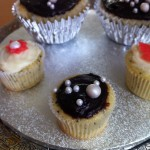Silver Bubbles Cupcakes