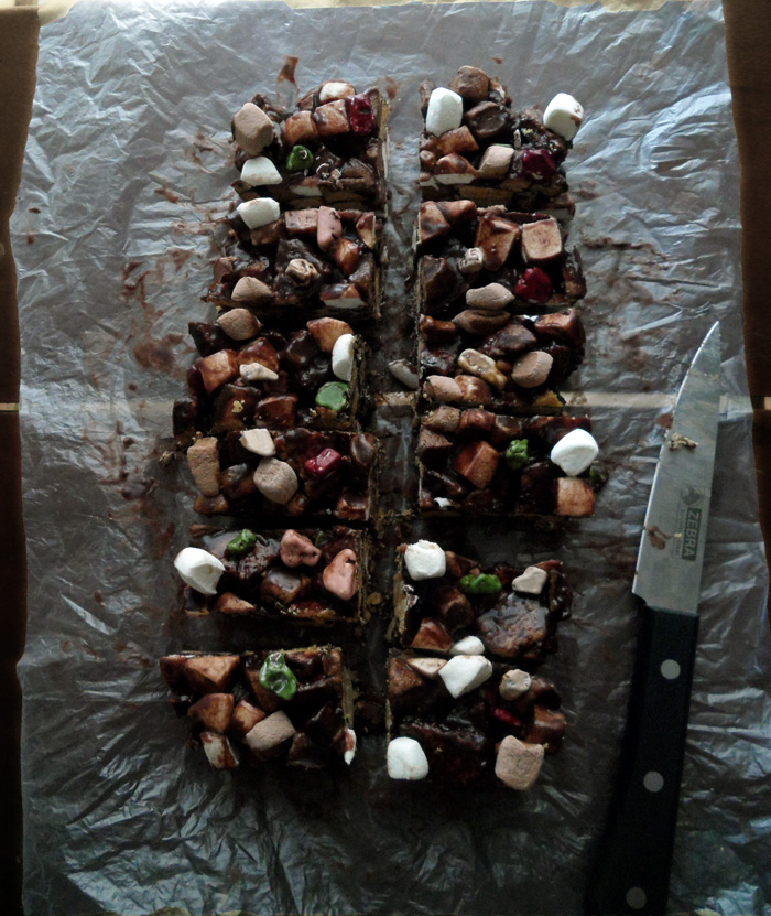 Literally Rocky Road Bars from SpecialtyCakeCreations.com #nobake #chocolate
